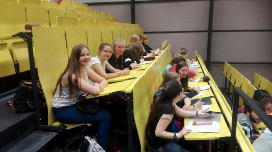 Sommeruniversität der TU Ilmenau für Schülerinnen / © TU Ilmenau