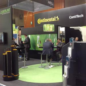 Contacts established: At he ContiTech booth the CONTI® Laserline flexographic printing plates attracted the interest of the visitors, Photo: ContiTech