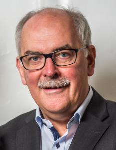 """""""Mit uns können Sie Weihnachtsgeschenke mit Persönlichkeit gestalten, die Gesichter zum Erstrahlen bringen"""", betont Dr. Hans-H. Graen, Geschäftsführer der F&G Digitalspezialist GmbH."""