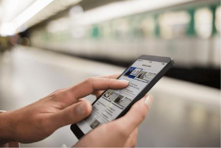 Mit der Lecturio iOS und Android App haben Nutzer unkompliziert Zugang auf das DVFA eTraining - auch von unterwegs