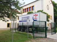 Mobile Beheizung der Schule mit dem Wärmespeicher Truck