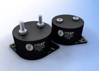 Die Filmkondensatoren der Baureihe Coax Cap zeichnen sich durch einen extrem niederinduktiven Aufbau, eine sehr hohe Stromtragfähigkeit und gute Selbstheilungseigenschaften aus