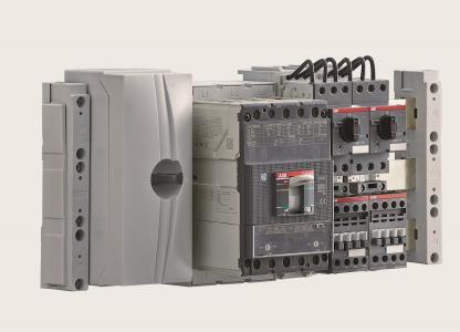 Die Lösungen der Baureihe Unifix AD eignen sich beispielsweise für die Installation von Motorstartern und -steuerungen, Schützen sowie Kompaktleistungsschaltern auf Montageplatten (Bild: ABB)