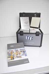 Der Musterkoffer rcc Industries enthält unter anderem Echtmuster aller bei der Instandhaltung infrage kommenden Beschichtungssysteme / Bildquelle: Remmers Fachplanung, Löningen