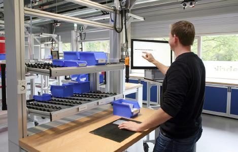 Neues Forschungsprojekt: 3D-Kameras sollen Arbeitsabläufe in Echtzeit erfassen, unergonomische Bewegungen erkennen und Alternativen anbieten. (Bildquelle: IFA – Institut für Fabrikanlagen und Logistik)