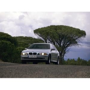 BMW 5 series saloon - 4th generation (03/2010)