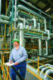 Daueraufgabe für Fach- und Führungskräfte: Informationen einholen über die aktuellen Betreiberpflichten für einen rechtssicheren Betrieb von Anlagen.