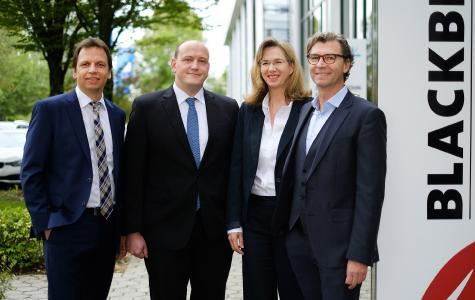 Management Blackbird Robotersysteme - from left to right: Dr. Wolfgang Vogl, Chief Excecutive Officer (CEO), Dr. Ulrich Munzert, Chief Technical Officer (CTO), Christel Rummel, Chief Financial Officer (CFO), Karl Christian Messer, Chief Executive Officer (CEO)