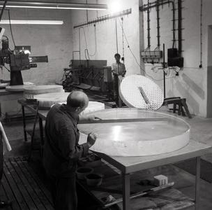 Manufacture of quartz glass components in  1967 at Heraeus