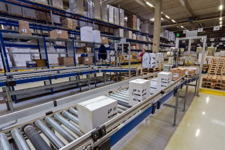 Die Papstar GmbH bietet ausgefeilte Sortiment-, Logistik- und Servicekonzepte zwischen Herstellern und Handelsgruppen bzw. Konsumenten