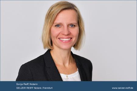 Notarin Sonja Reiff zu den juristischen Besonderheiten beim Kauf einer Eigentumswohnung