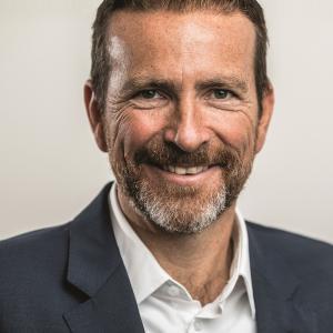 Dr Stefan Anschütz initions AG Telematik Markt
