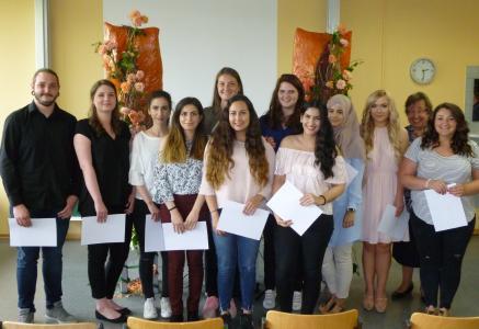 Verabschiedung angehender Pharmazeutisch-technischer Assistentinnen / Assistenten (PTA) an der Justus-von-Liebig-Schule in Hannover
