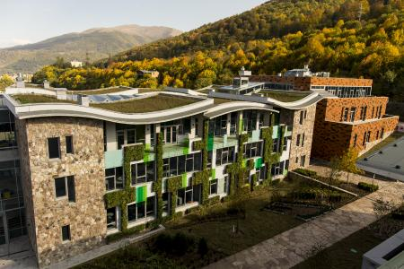 UWC opened its doors in 2014 to 96 students, the future permanent number of students is 650. The college provides another option on the educational landscape in Armenia, which is traditionally held in high regard. Source: Danil Kolodin / Tim Flynn architects