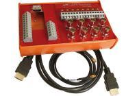 ME 5200-Kit als Anschluss-Block in Montage-Wanne mit 8x MMCX-MMCX Kabel (1 m) und 1x HDMI Kabel.