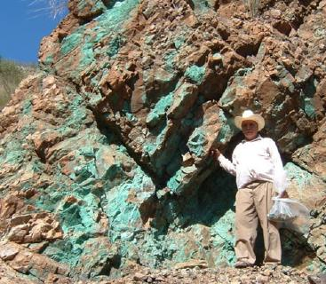 Kupfervererzung auf dem Santo Tomas-Projekt / Foto: Oroco Resource