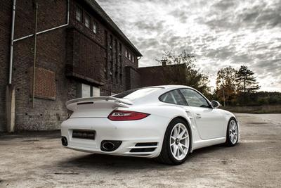 Porsche 997 Turbo S with Stage 3 Kit by MCCHIP DKR