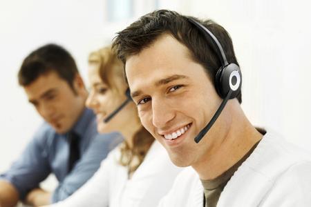 Umfrage von Jabra und Frost & Sullivan über Mitarbeiterfluktuation in Contact Centern: Wie Contact Center die Zufriedenheit und Bindung ihrer Mitarbeiter verbessern können