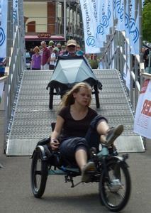 Meistert Steigungen komfortabel und macht den Arbeitsweg zur Spazierfahrt: E-Bikes bilden einen Schwerpunkt auf der 17. Internationalen Spezialradmesse am 28./29. April in Germersheim.      Foto: Spezialradmesse