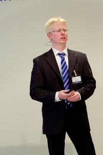 Wissenschaftspreis Logistik 2015 an Dr.-Ing. Tobias Krühn