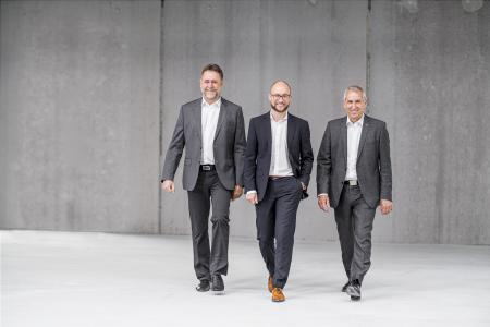 The medica management: Otto Höbel (CTO), Dr Jonathan Kopf (CEO) and Peter Kopf (CEO and founder) (from left to right)