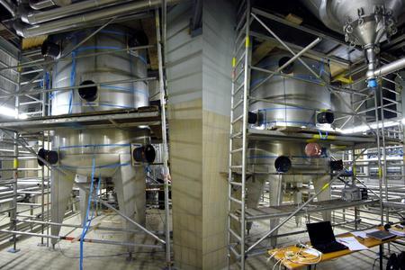 3D-integrierter Sensorschwarm im Brauereitank