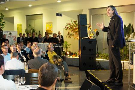 """""""Der Erfolg der großen IT-Trends unserer Zeit von Cloud über Big Data und Industrie 4.0 bis hin zum Internet of Things – hängt davon ab, ob wir es schaffen, die Technologien sicher zu implementieren"""", so Bernd Schwefing, Geschäftsführer von Controlware"""