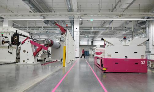 250 Maschinen und Anlagen, 20 fahrerlose Transportsysteme produzieren bis zu 18 Terabyte Daten pro Tag – die mit ONCITE wertschöpfend genutzt werden