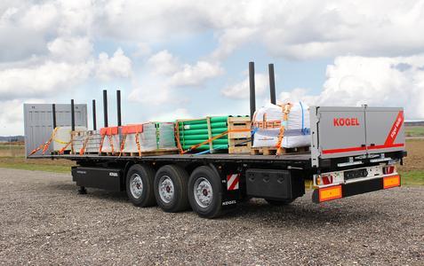 Kögel exhibits its flat semi-trailer Multi for building materials