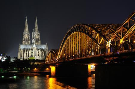 Google bevorzugt Koeln-Domains und Cologne-Domains bei lokalen Suchanfragen