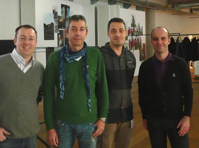 Das NetEye Team mit Claudio Vettore, IT-Leiter von Diesel (2.v.l.)