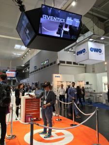 Virtual Reality Stand von AVENTICS bei der Hannover Messe 2017