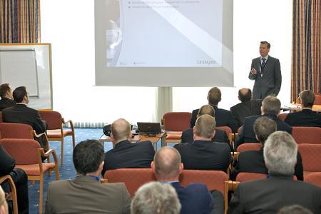 O. Sepold, Lexmark bei seinem Vortrag zum Virtual Solution Center