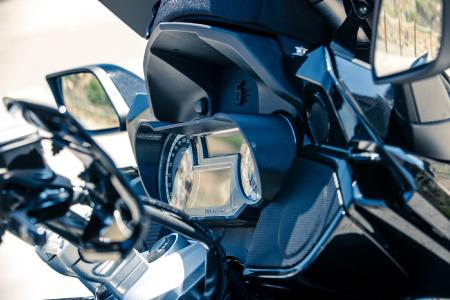 Cockpit glare protection 21082-002 on K 1600 Grand America
