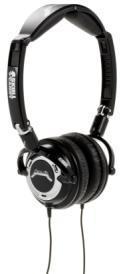 Zwei Kopfhörer für Metal-Fans