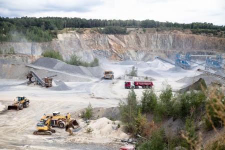 Im Steinbruch der Metzner GmbH wird Grauwacke abgebaut und verarbeitet