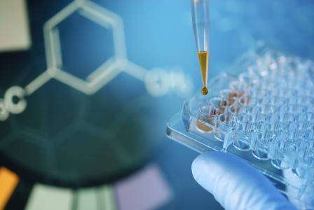 Intertek von der Volkswagen AG für Lieferanten-Materialtests zugelassen / iStock