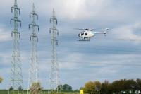 WEMAG kontrolliert Hochspannungsnetz mit Helikopter / Foto: WEMAG