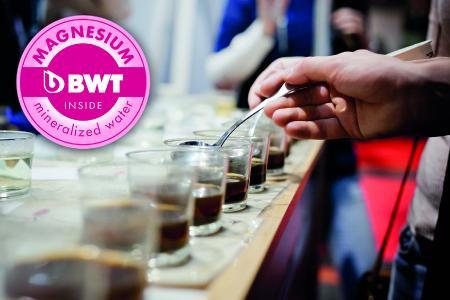 Filtersysteme mit Magnesium-Technologie von BWT water+more stellen genau das richtige Mineralienverhältnis im Wasser her, um ein rundes, harmonisches Geschmackserlebnis beim Kaffee zu erzielen /Foto: Daniela Linares