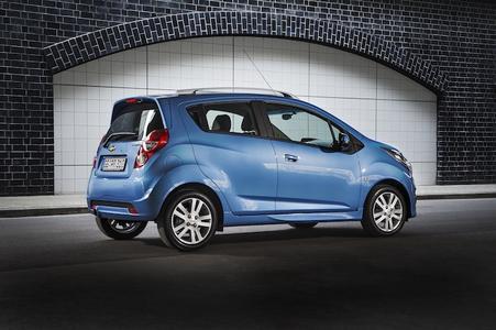 Chevrolet Spark: Minicar-Bestseller mit attraktiven Neuerungen zum Modelljahr 2013