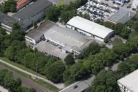 Infraserv Vakuumservice, eine 100% Tochtergesellschaft der Shimadzu Corporation Japan, ist verkehrstechnisch gut angebunden: an Autobahnen in Ost-West- sowie Süd-Nord-Richtung. Auch der Flughafen München ist nur wenige Kilometer entfernt.