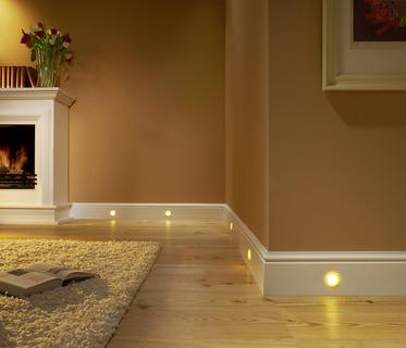 der rahmen f r hochwertige wandgestaltung brillux zierprofile brillux gmbh co kg. Black Bedroom Furniture Sets. Home Design Ideas