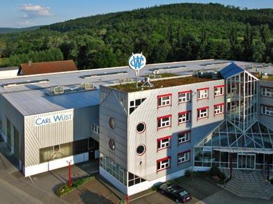 Seit 1895 fertigt die Carl Wüst GmbH & Co. KG unter anderem Stanzflansche für die Industrie