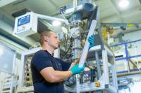 Extrusion keramischer Elektrolyt / Foto: Fraunhofer IKTS
