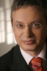 Alexander Gauby - CEO