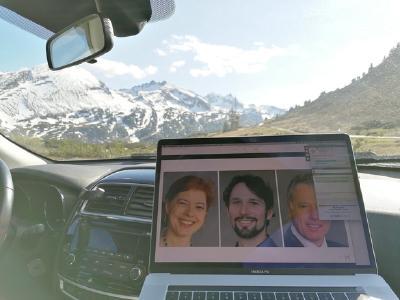 Ein Teilnehmer erfreute uns mit einem tollen Bild aus Pongau (bei Salzburg), das zeigt, wie flexibel und entspannt man im angehenden Webinar-Zeitalter seine Fortbildungen verbringen kann