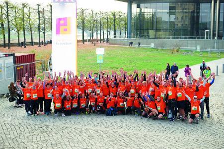 Beim 20. Piepenbrock Dresden-Marathon gingen in diesem Jahr mehr als 100 Läufer für den Gebäudedienstleister an den Start / Bild: Jeibmann Photographik