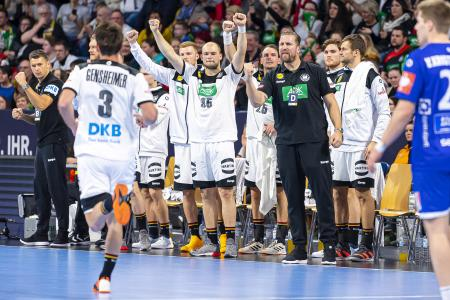 This is how the fans want to see the DHB Team in the next days (during the test match against Island) (Photo: Marco Wolf/DHB)