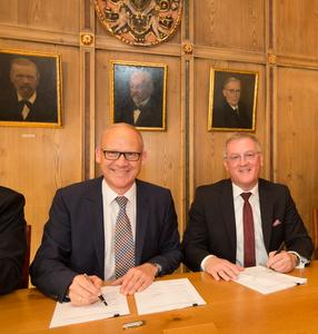 Test tower: Urban development contract signed