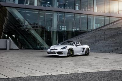The TECHART Roadster based on the Porsche 718 Boxster S wins  the »sport auto AWARD 2018«